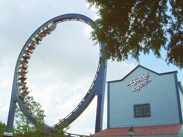 Greezed-Lightnin-Astroworld-roller-coaster_142446